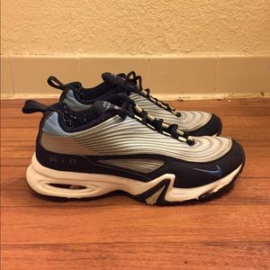 Nike Air Max Vintage 1999 Cross Training Shoes